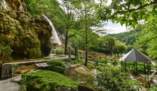 Jardin des Fontaines Pétrifiantes picture