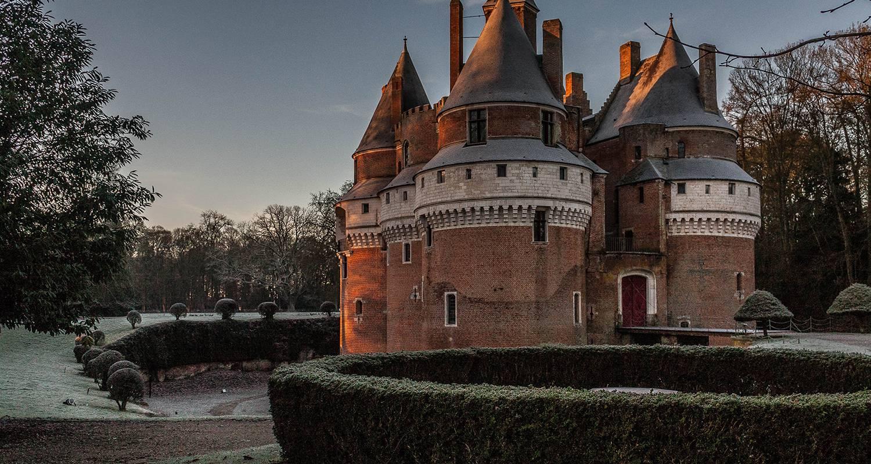Activity: domaine du château de rambures in rambures (126240)