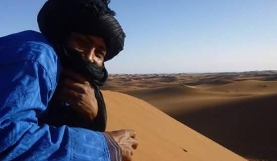 Trek dans le désert  picture
