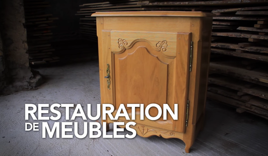 Stage de restauration – Mobilier massif picture
