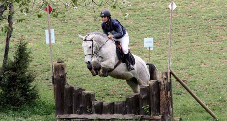 Activité: saint-céré équitation à saint-jean-lagineste (126378)
