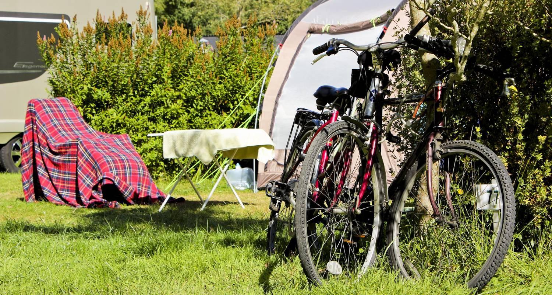 Emplacements de camping: mobile-home  à plouezoc'h (126389)