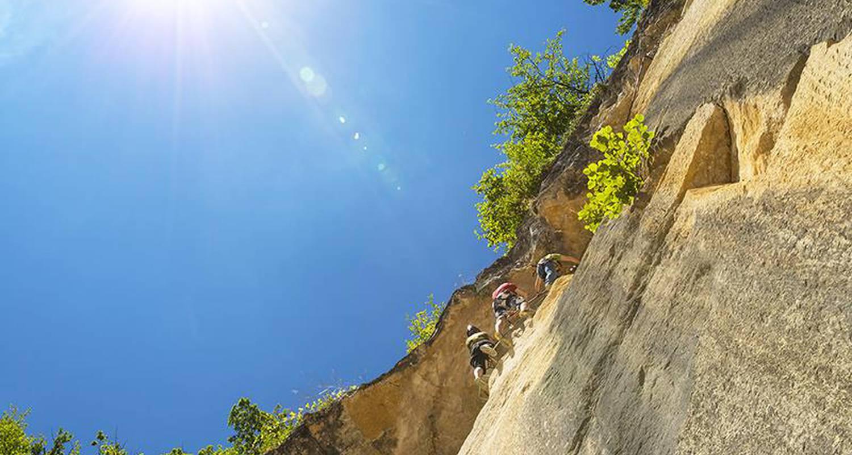 Activity: parcours aventure sur rocher  in coutarnoux (126419)