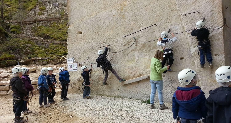 Activity: parcours aventure sur rocher  in coutarnoux (126418)
