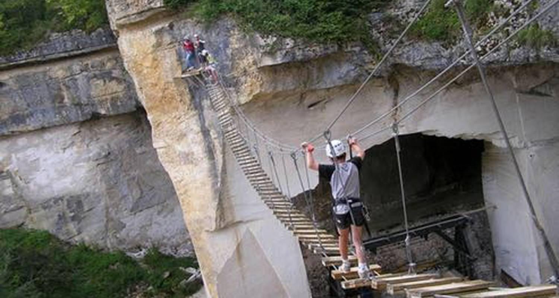 Activity: parcours aventure sur rocher  in coutarnoux (126417)