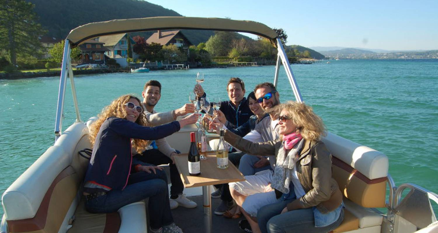 Activity: water taxi annecy in annecy (126520)