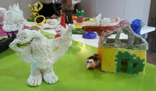 Atelier modelage terre pour enfants