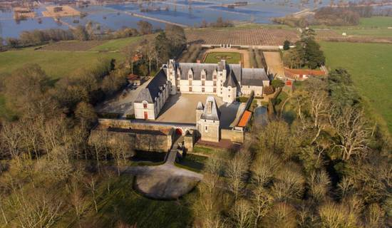 Visit of Castle of GOULAINE picture
