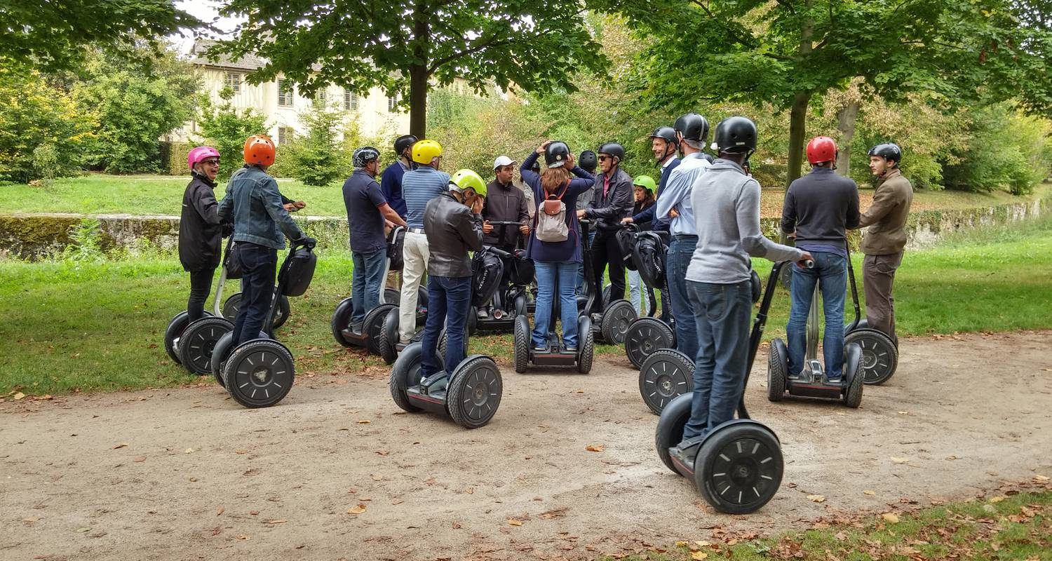 Activity: great monuments paris segway tour in paris (126819)