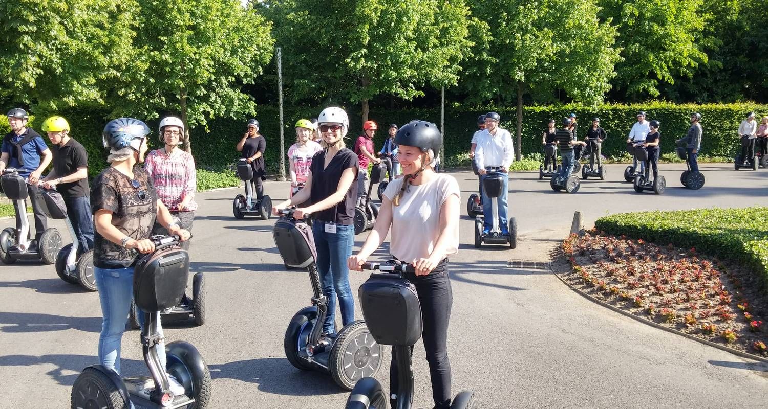Activity: great monuments paris segway tour in paris (126817)