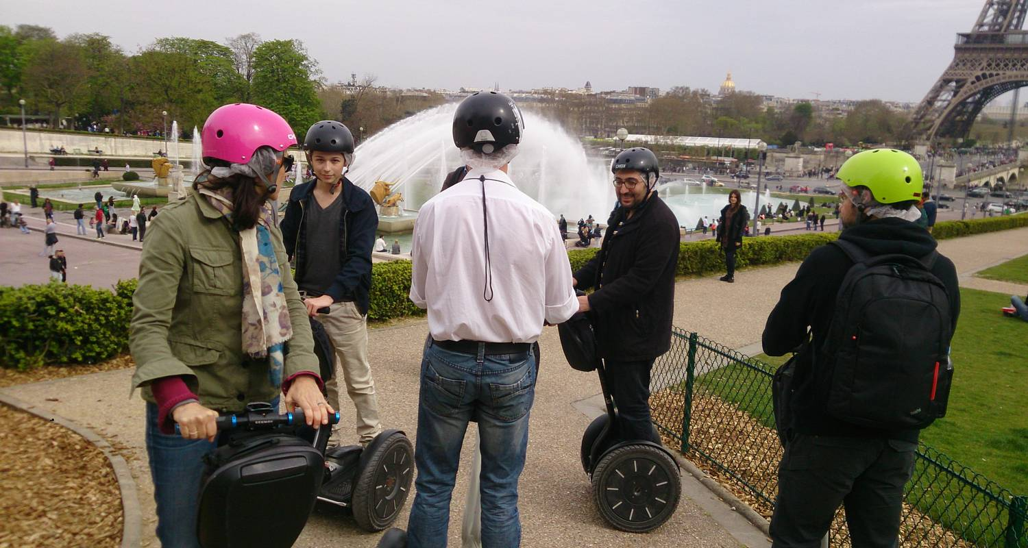 Activity: great monuments paris segway tour in paris (126861)