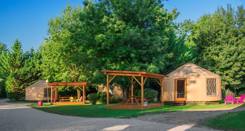 Location, bungalow, mobil-home: camping le beauvillage en lauzerte (126820)