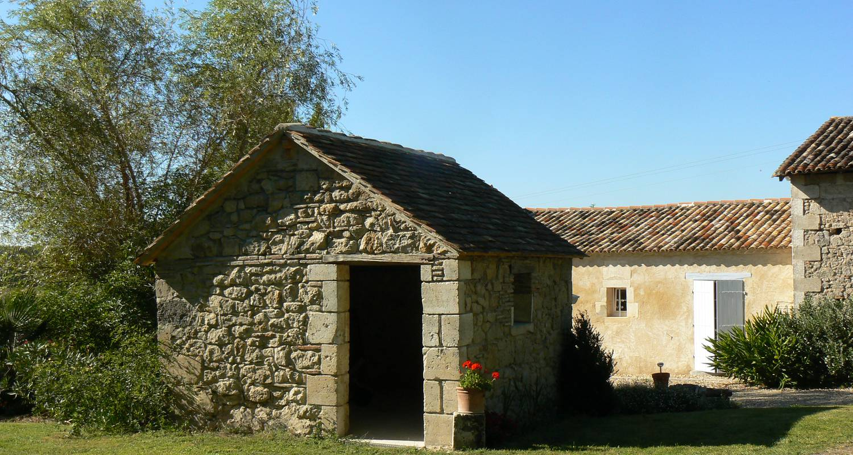Amueblado: domaine de geneviève de vignes en saint-martin-de-gurson (127182)