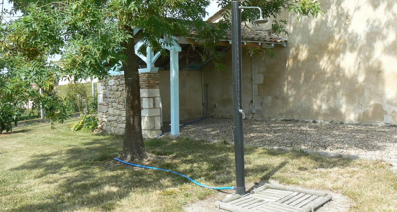 Amueblado: domaine de geneviève de vignes en saint-martin-de-gurson (127181)