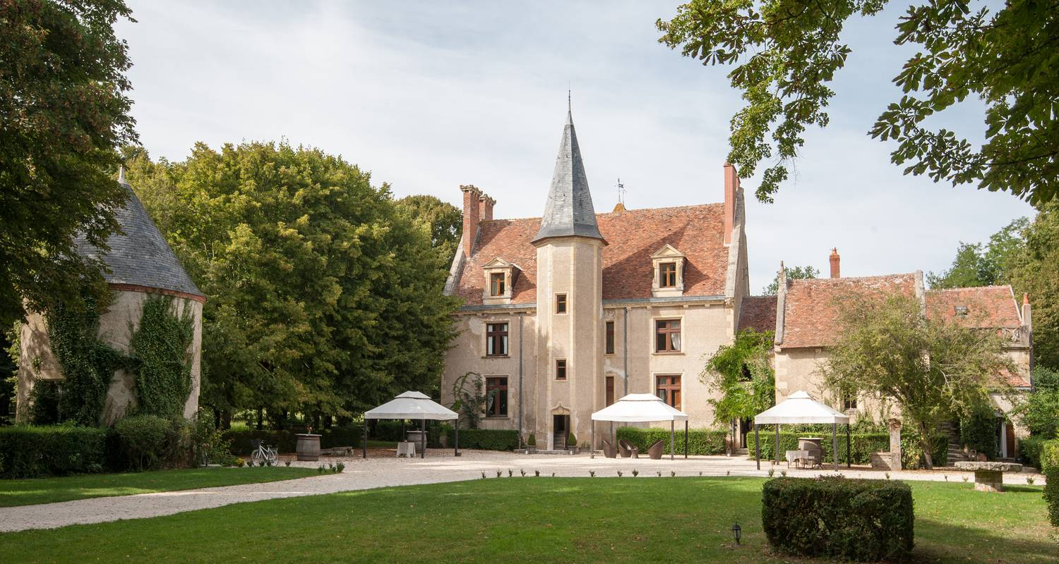 Hotel: chateau hotel le sallay in magny-cours (126975)