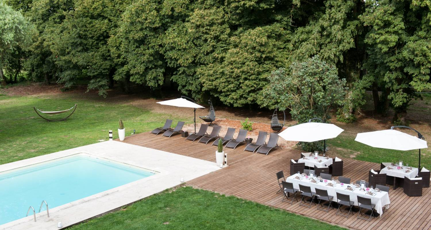 Hotel: chateau hotel le sallay in magny-cours (126978)