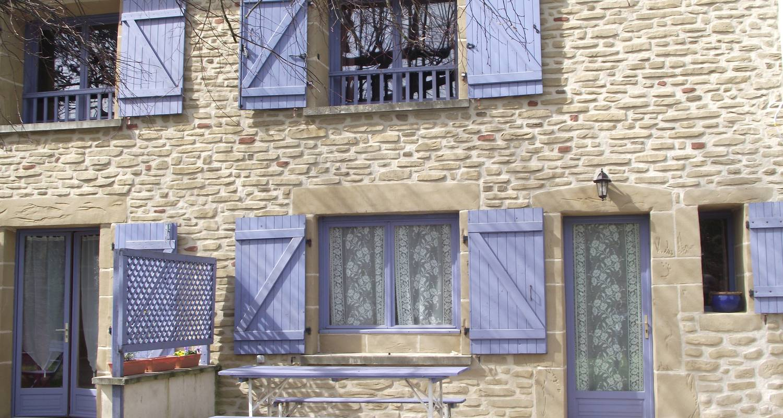 Gîte: gîte les tilleuls  à saint-martin-d'août (127416)