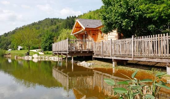 Cabanes Spa Vallée de la Dordogne  picture