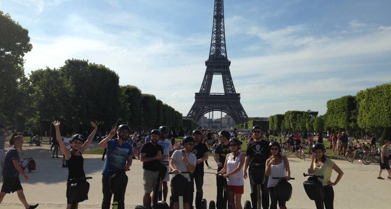 Activity: segway tour in paris (127637)