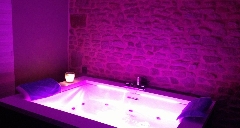 Bed & breakfast: suite balnéothérapie privative in montgothier (127935)