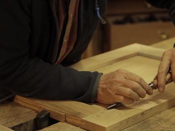 Stage menuiserie : Fabrication d'une petite table en chêne à la main