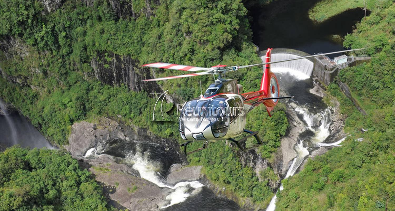 Activité: hélicoptère à saint-gilles-les bains (128156)