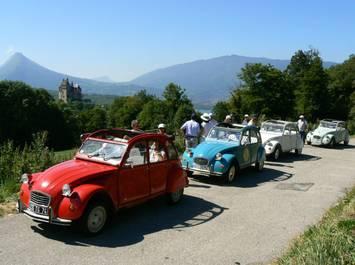 """""""Citroën 2CV tours"""""""