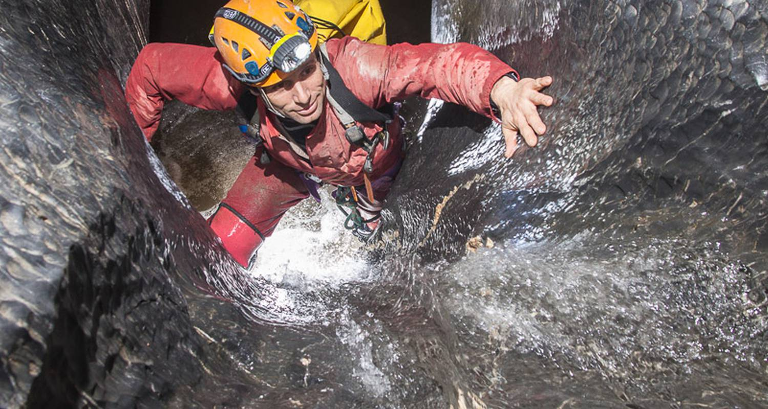 Activity: caving - initiation in vicdessos (128778)