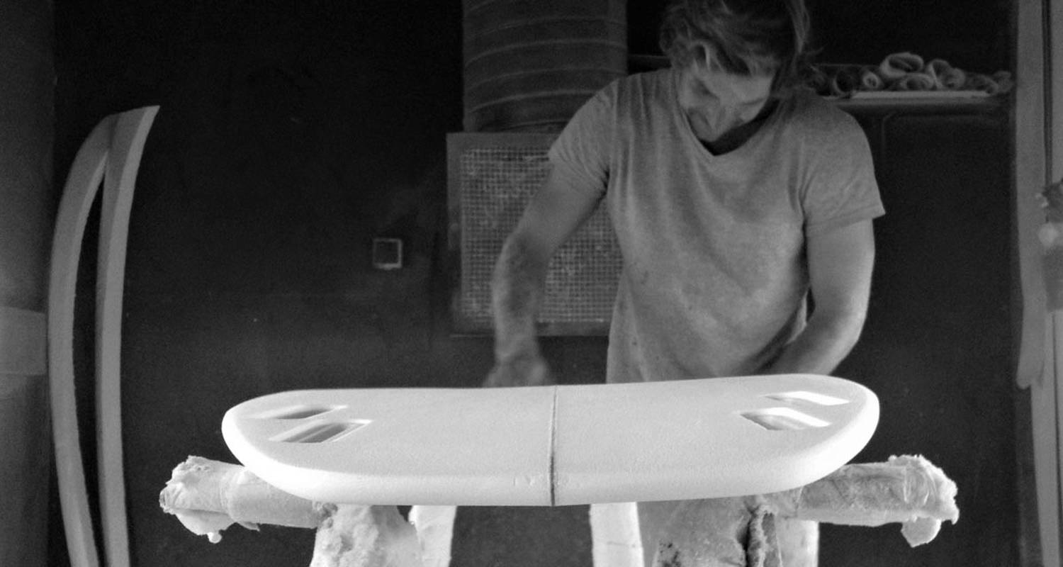 Activity: visit a surfboard workshop in anglet (128842)