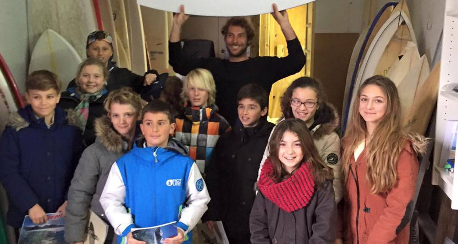Activity: visit a surfboard workshop in anglet (128843)