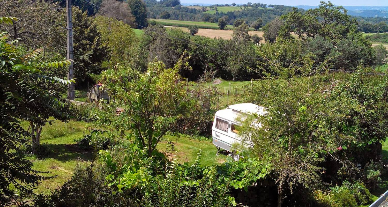 Location, bungalow, mobil-home: eriba - caravane glamping à marcolès (129006)