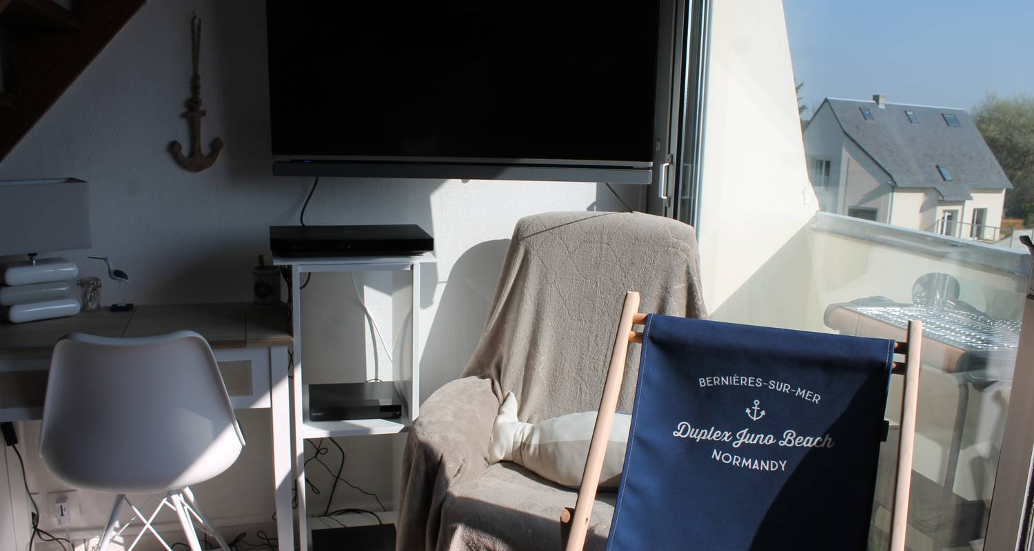 Hotel residence: sunny cosy duplex flat direct juno beach access in bernières-sur-mer (129140)