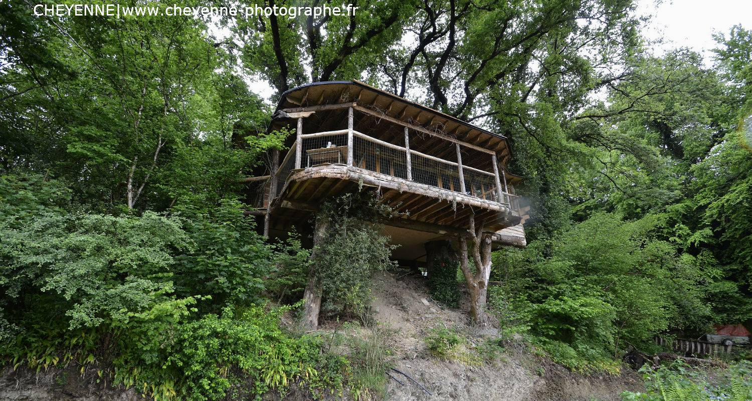 Other kind of rental accommodation: cabane dans les arbres kergwan in saint-goazec (129095)