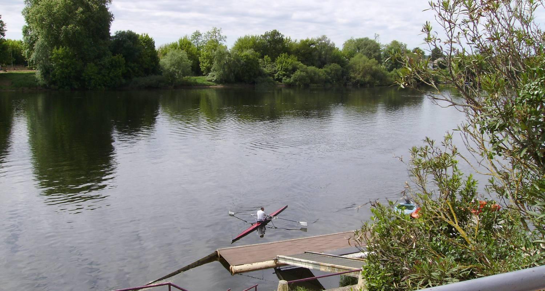 Gîte: le bord de l'eau 2 à castillon-la-bataille (129230)