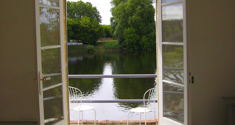 Gîte: le bord de l'eau 2 à castillon-la-bataille (129233)