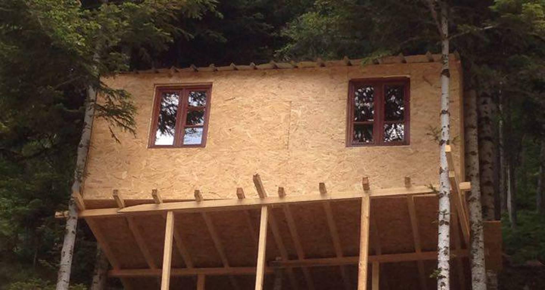Chambre d'hôtes: cabane dans les arbres à saint-pierre-sur-doux (129252)