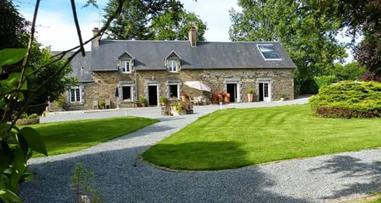 Chambre d'hôtes: le domaine de l'hôtel au franc  à fleury (129297)