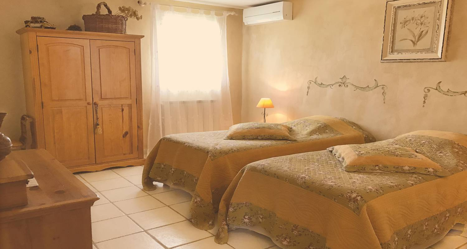 Bed & breakfast: le mas jorel in gargas (129710)