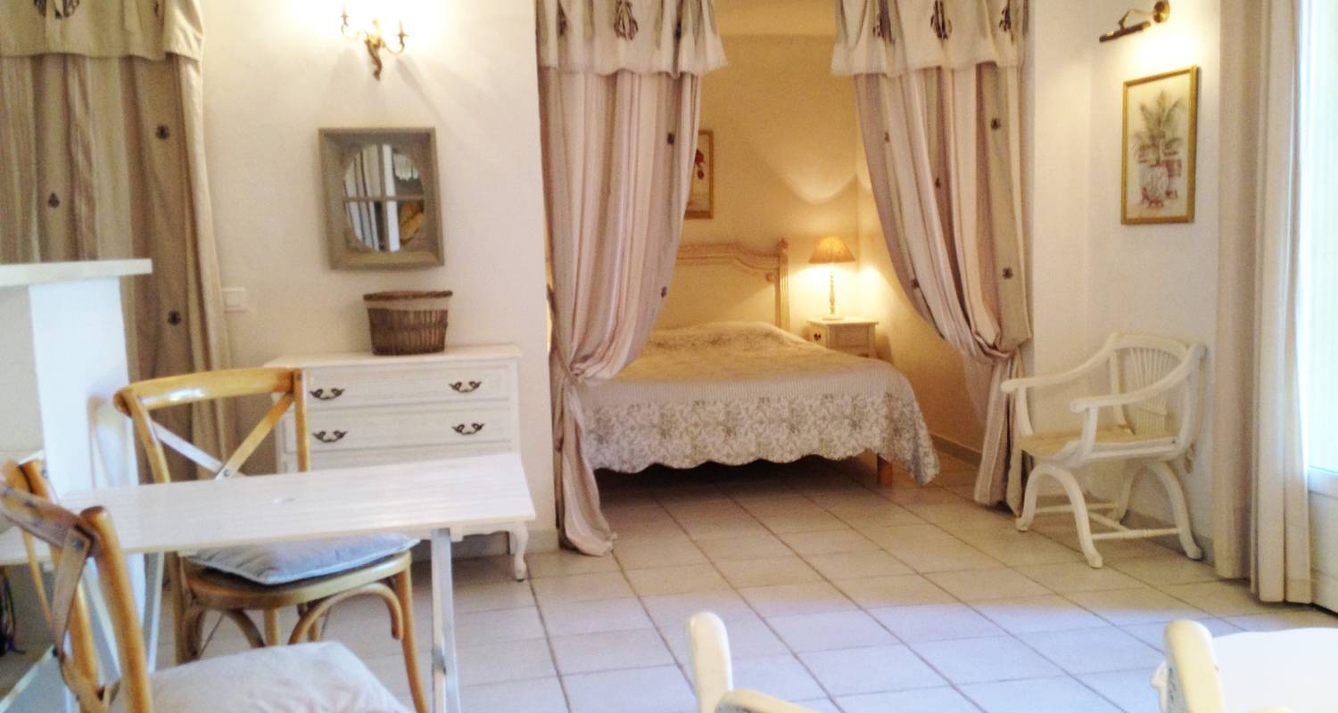 Bed & breakfast: le mas jorel in gargas (129707)