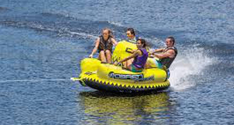 Activité: kitesurf, bouée tractée, sky fly, paddle, flyboard à port leucate (129895)