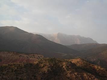 """Trek découverte initiation à la survie au Maroc """"nomade&cave"""""""