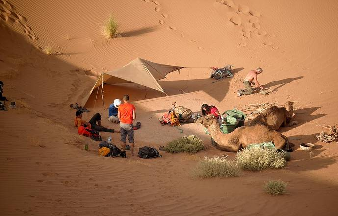 """Trek découverte initiation à la survie au Maroc """"Oasis&dunes"""""""