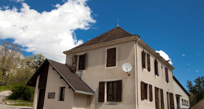 Group gîte: l'ancienne ecole in saint-andéol (130709)