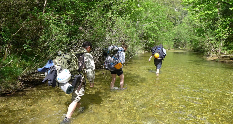 Activité: stage de survie dans les cevennes à barre-des-cévennes (130098)