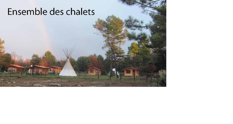 Bed & breakfast: cabanes et tipis de la ferme equestre du puits de riquier in moissac-bellevue (130300)