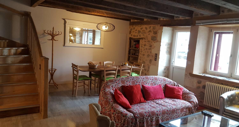 Amueblado:  la petite maison spa et sauna en roussines (130329)