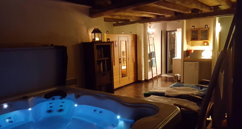 Gîte:  la petite maison spa et sauna in roussines (130332)