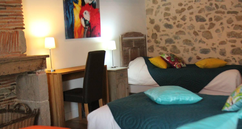 Amueblado:  la petite maison spa et sauna en roussines (130330)