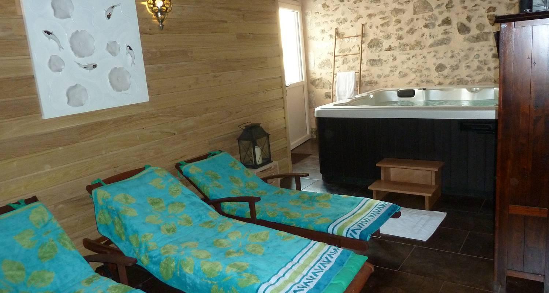 Gîte:  la petite maison spa et sauna in roussines (130358)