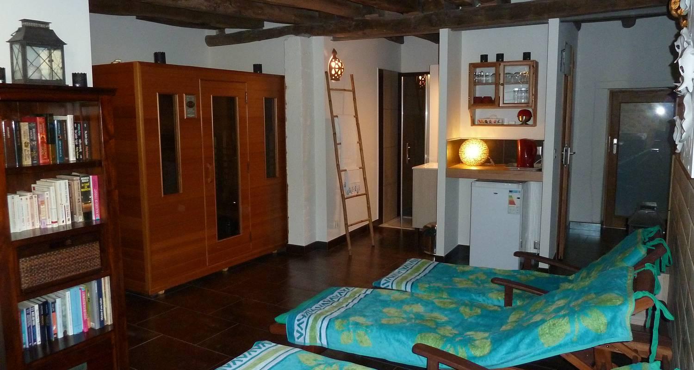 Gîte:  la petite maison spa et sauna in roussines (130361)